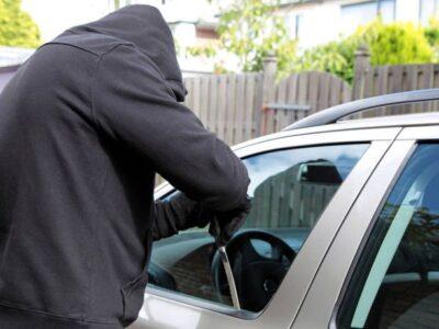 Συμβουλές των Αρχών για τις κλοπές οχημάτων ή από οχήματα
